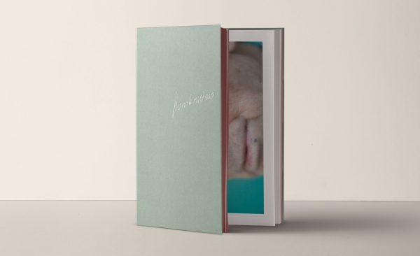 Book / Libro Hombrecino (Little man)